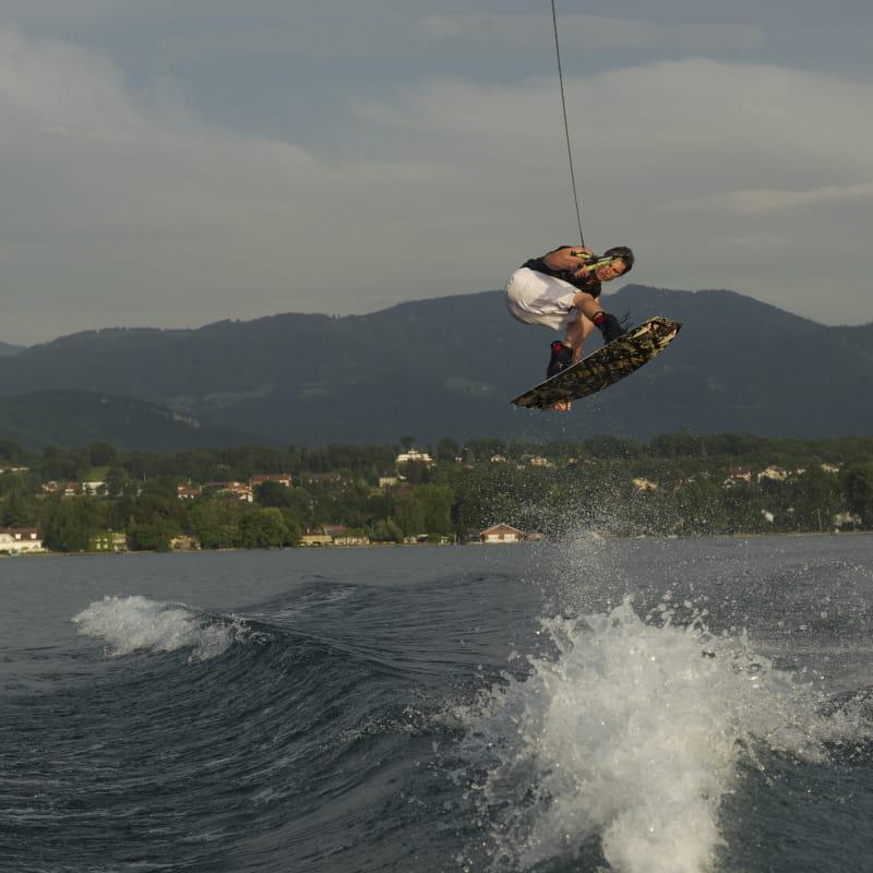 Pool snap ski nautique