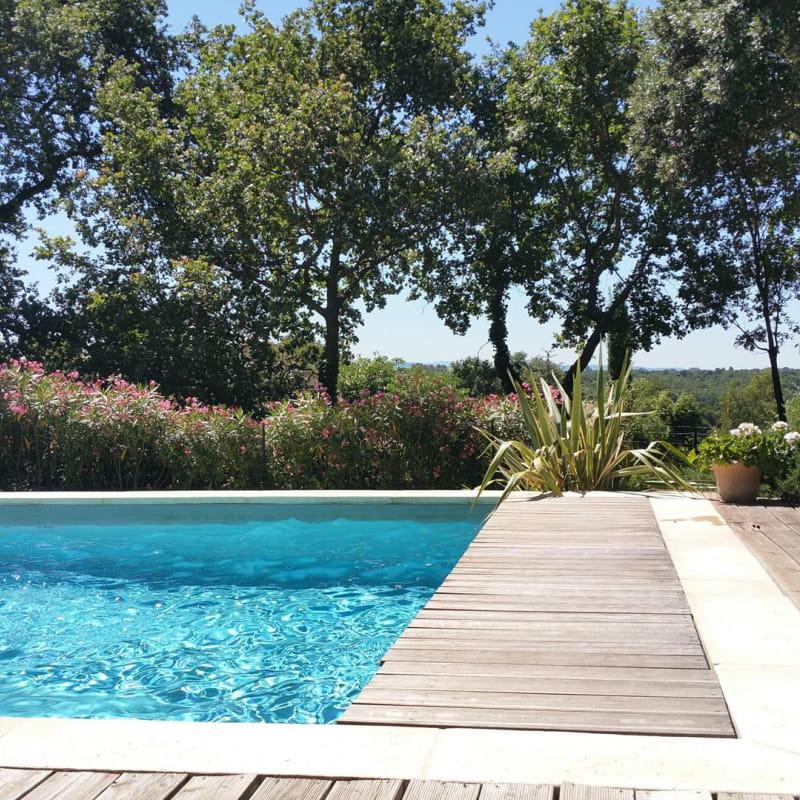 Piscine et jardin - La Faventine