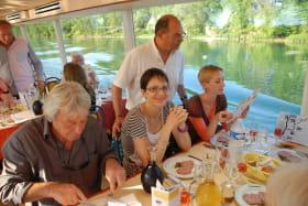 Déjeuner à bord