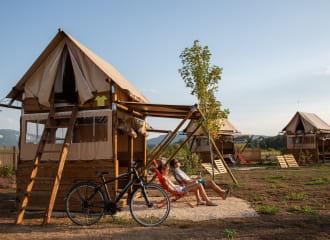 Tentes lodges de la ViaRhôna à Virignin