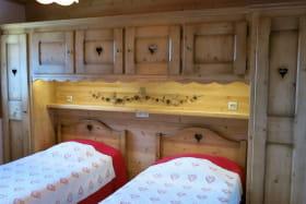 La chambre avec 2 lits de 90cm