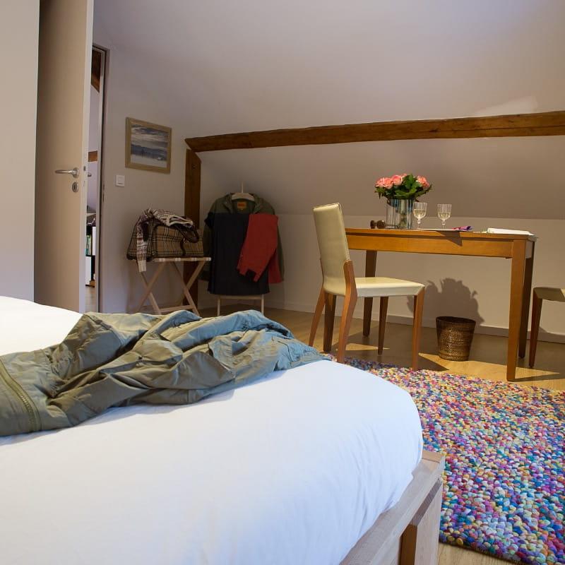 Chambre indépendante de la Suite L'étoile à L'émeraude des Alpes, chambres d'hôtes du Désert en Chartreuse