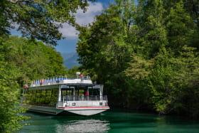 Bateau promenade sur le Canal de Savières, à la découverte de la faune et la flore