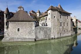 Palais de l'Ile chapelle XVe et bâtiment XIIe, Annecy