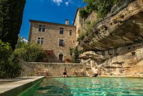 Chateau d'Ucel avec piscine