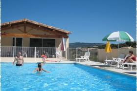 Village de Gîtes en Sud Ardèche proche de toutes commidités