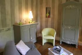 chambres d'hôtes MOULINS-YZEURE salon