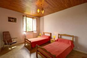 Chambre 1 avec 2 lits 90