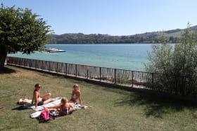 la plage et le lac