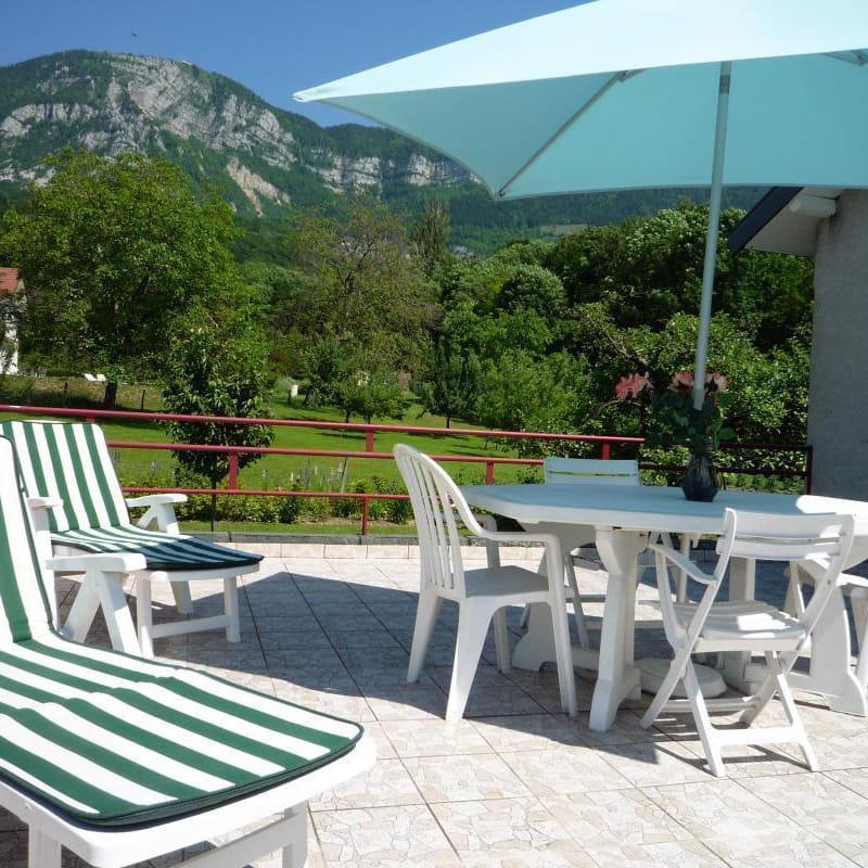 Location-3etoiles-aixlesbainsrivieradesalpes.com-hiblot-terrasse