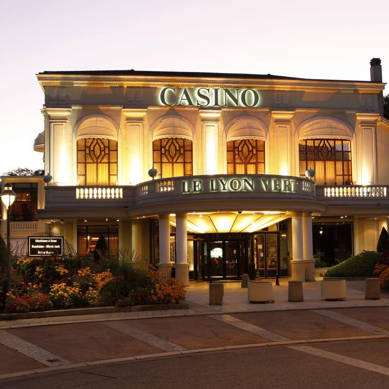 Le Lyon Vert - Façade du Casino