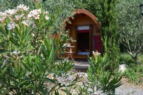 Les Roulottes et Cabanes de Saint Cerice