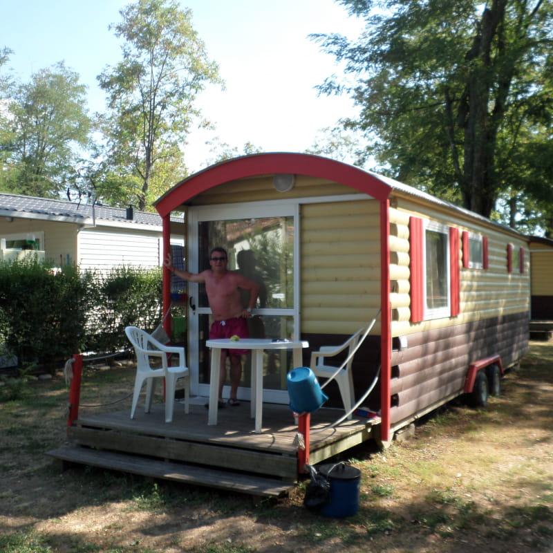 Les roulottes du camping la Chareyrasse
