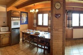 Image panoramique cuisine + salon