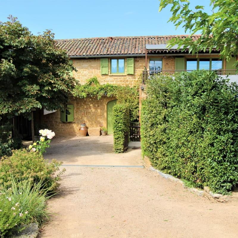 Gîte de Pelozane à Charnay - Région des Pierres Dorées - Beaujolais - Rhône.