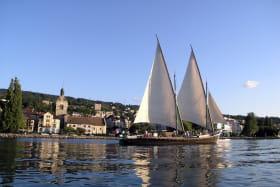 Barque La Savoie et Eglise d'Evian