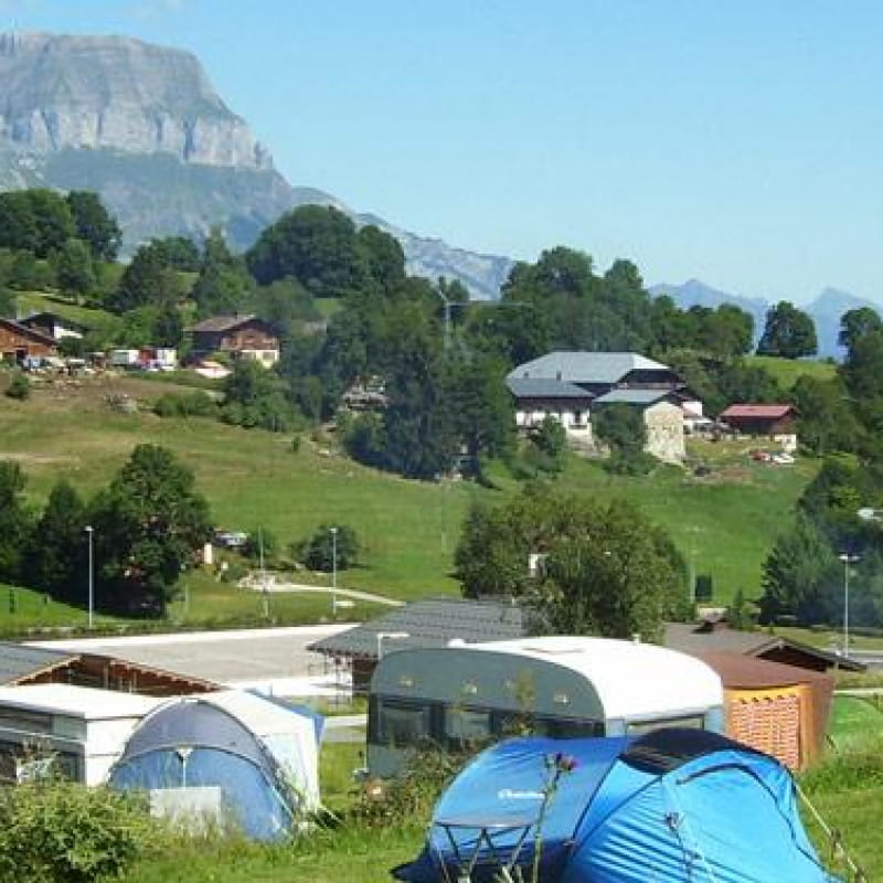 Camping et chalets Bornand