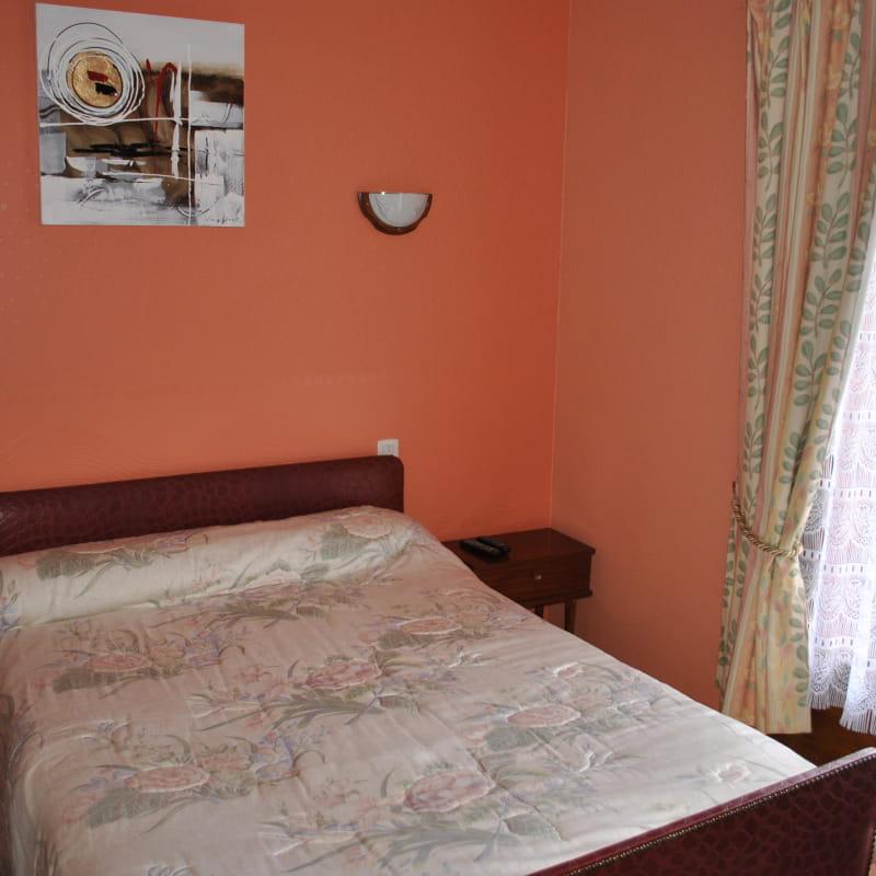 Hôtel La Cascade Orcival chambre 1