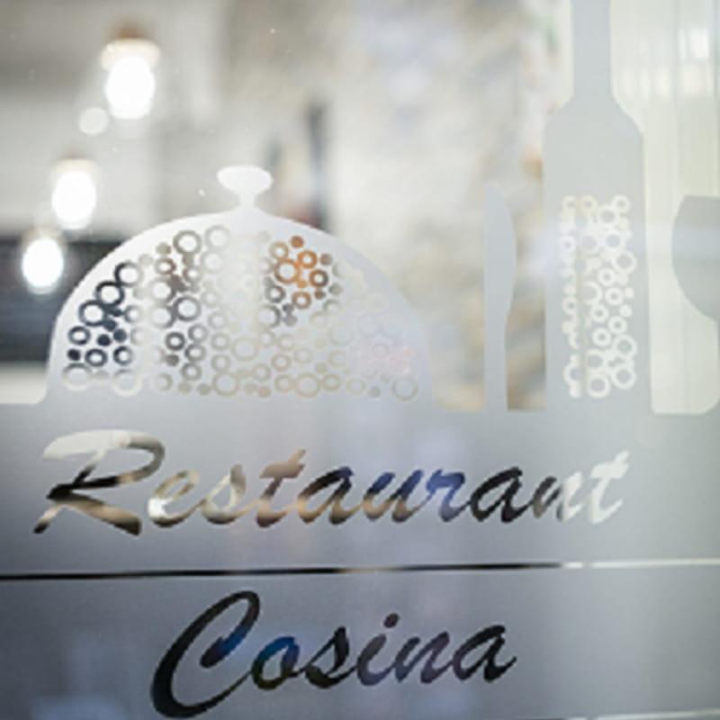Cosina - Vitrine
