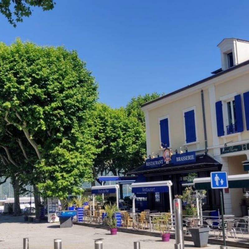 Vue Hôtel Restaurant Crêperie