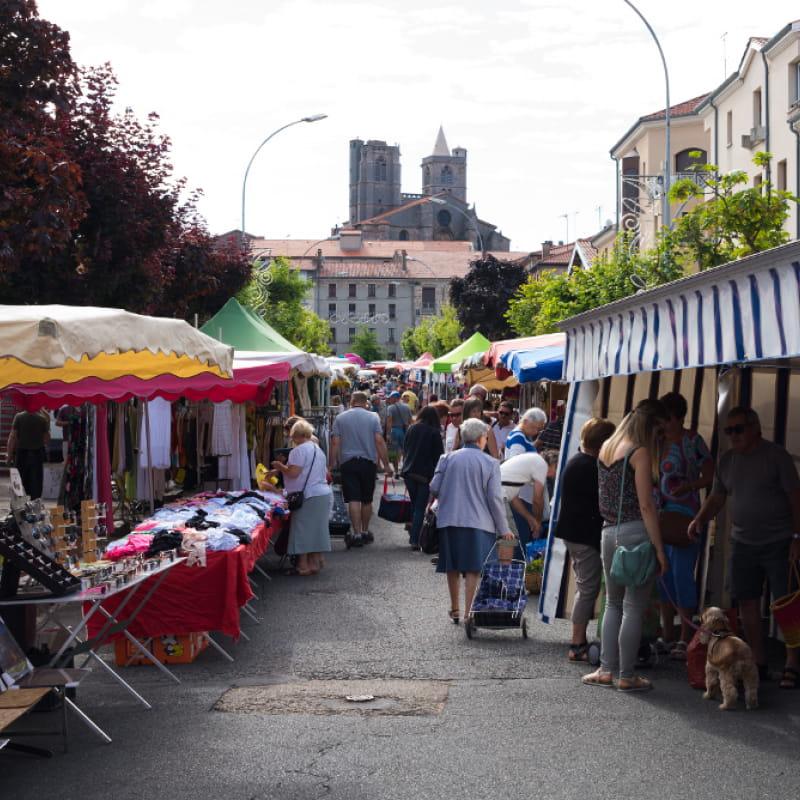 Marché de Saint-Bonnet le Château