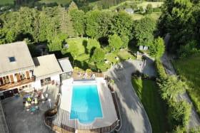 Vue du ciel piscine - terrasse