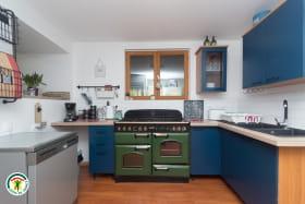 Cuisine équipée (Four, Lave-vaisselle, congélateur...)
