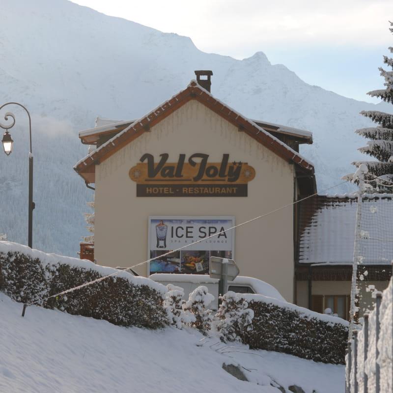 Le Val Joly