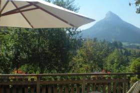 terrasse et vue sur Chamechaude
