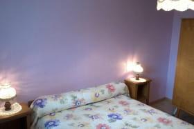 La chambre, un lit double