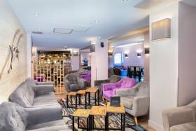 A Valfréjus, le salon de l'hôtel-club du Soleil