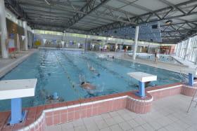 piscine bleu rive