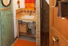 Toutes les chambres possèdent une Sdb privative (WC, lavabo, douche à l'Italienne)