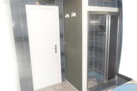 Chambre d'hôtes Saint Gilbert à Vaumas dans l'Allier en Auvergne, salle de douche