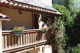 le balcon avec des panneaux solaires