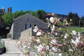 La Bâtisse aux Lanternes - St Bonnet le Château