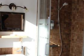 Chambre Cerf - salle d'eau