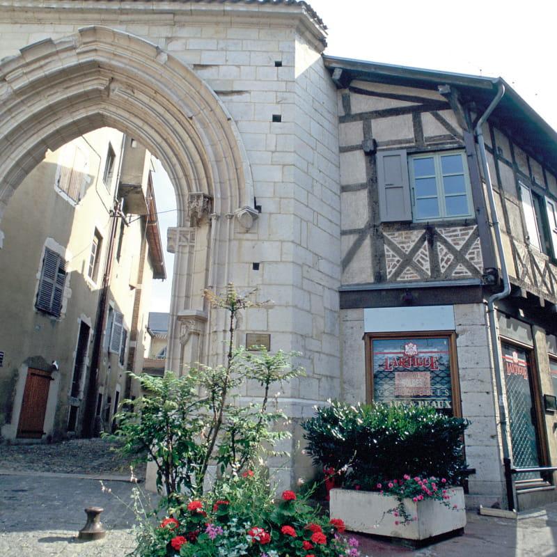 Porte des Jacobins à Bourg en Bresse