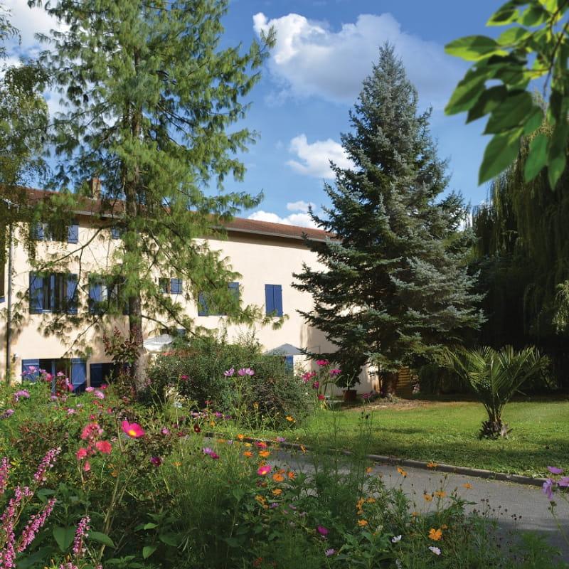 Grand Gîte 'La Fontaine Camille' à Neuville-sur-Saône (Rhône, Métropole de Lyon, Nord de Lyon).
