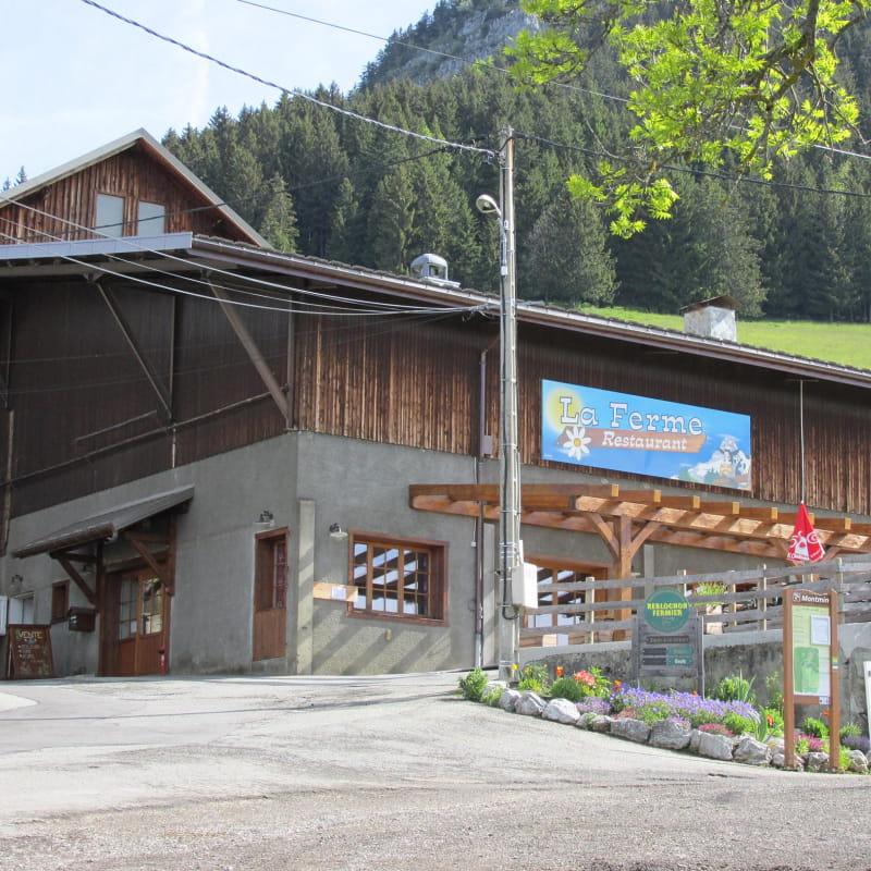 Restaurant savoyard au Col de la Forclaz