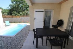 Terrasse couverte avec piscine privée