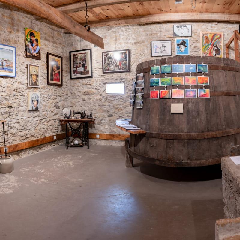 Salle d'exposition ARTs en CAVE