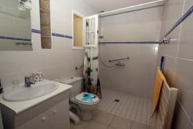 salle d'eau de la chambre