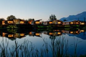 camping de Chanaz 2étoiles aixlesbainsrivieradesalpes les îlots en nocturne