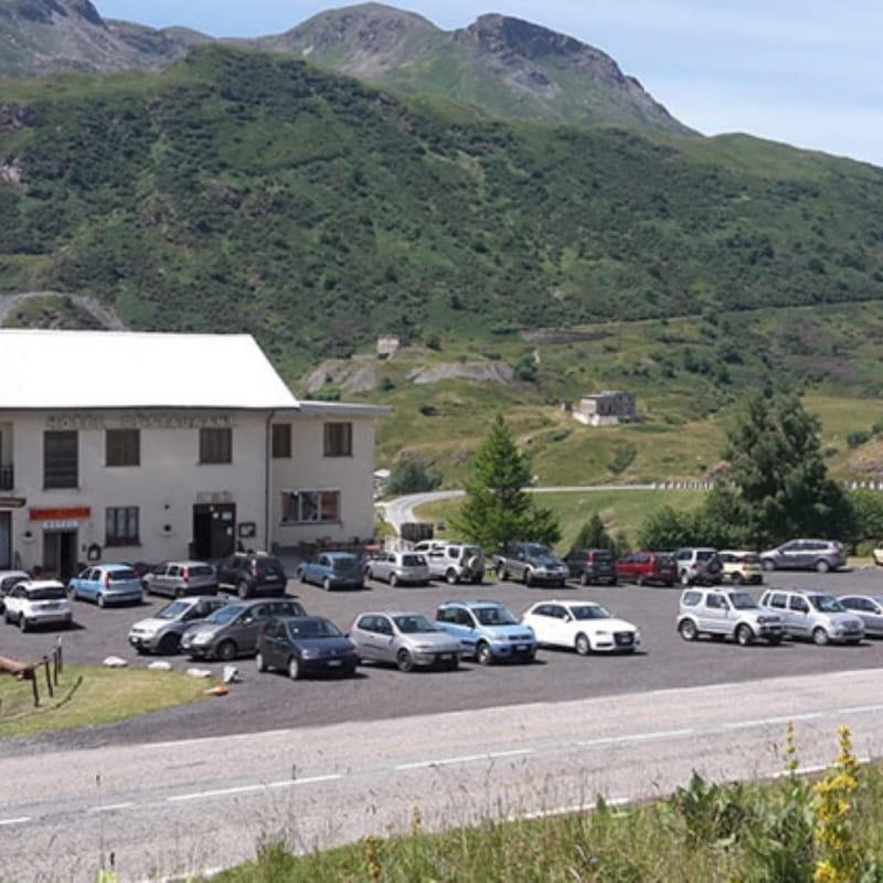 Hôtel Gran Scala au pied du barrage du Mont-Cenis
