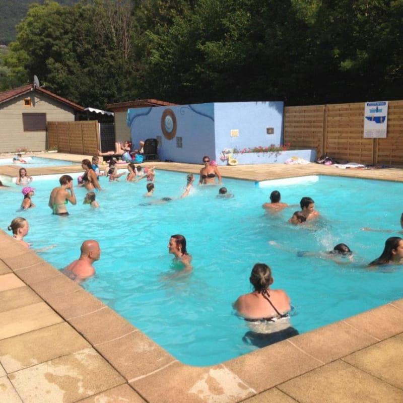 camping saumont 3 étoiles aixlesbainsrivieradesalpes piscine