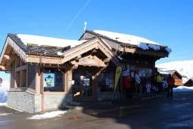 Point informations Plagne Village en hiver