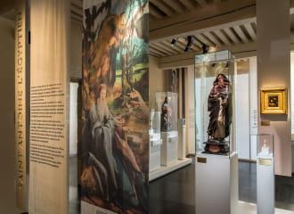Vue de l'exposition Chroniques d'une abbaye