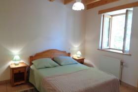 Chambre 1 avec 1 lit 140.