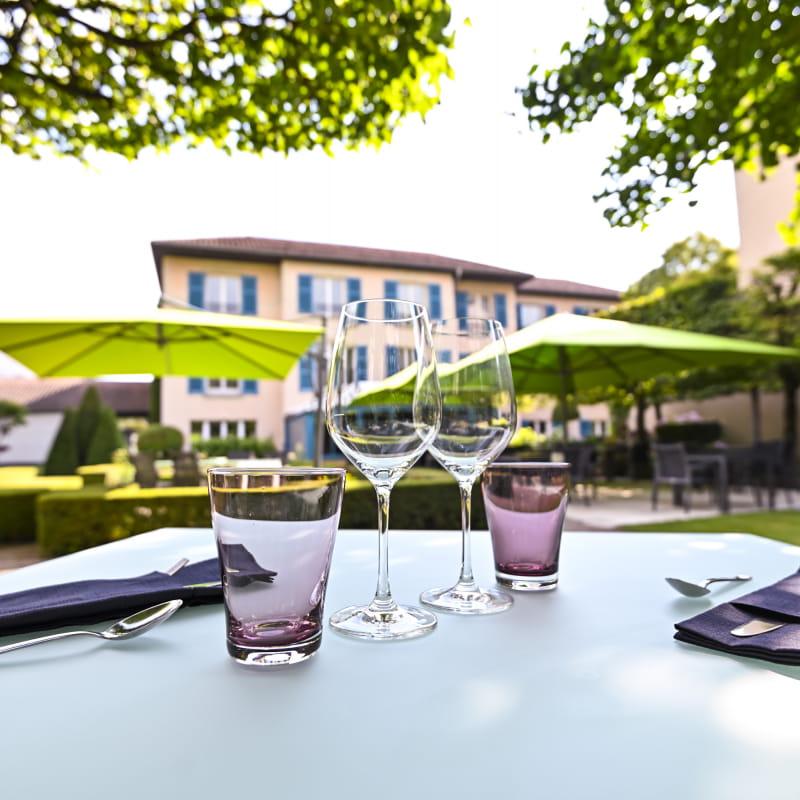 Déjeuner en terrasse au PH3